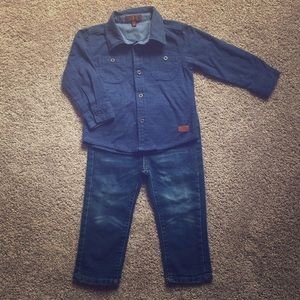 7 For All Mankind 24-mo set. Like new!